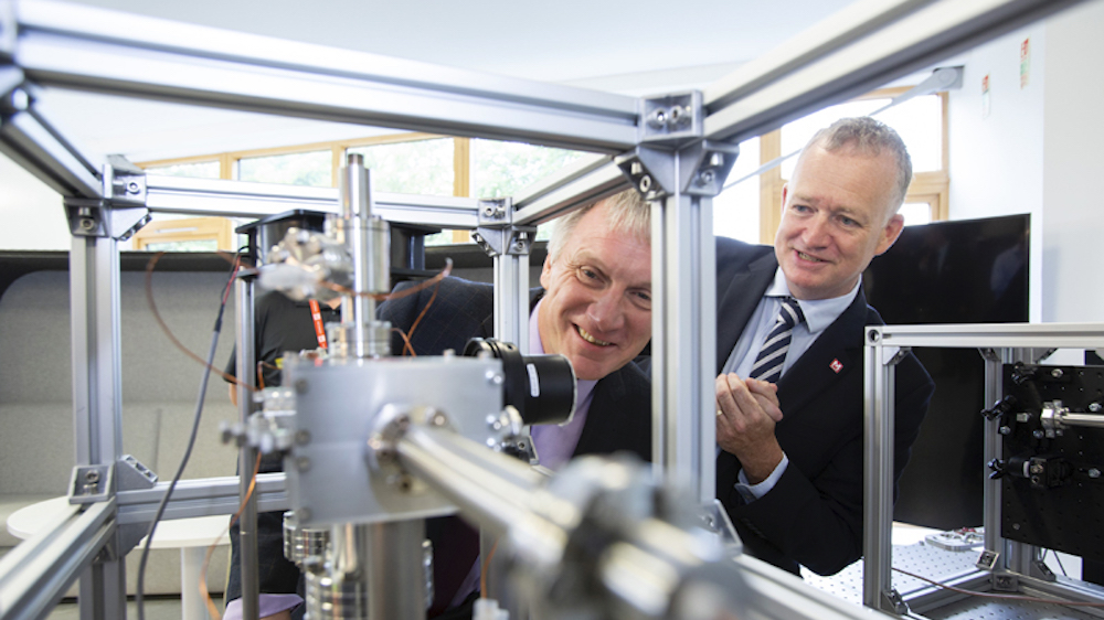 Ivan McKee, Innovation Minister, Scotland (L), with M Squared's CEO Graeme Malcolm. Image: Scottish Enterprise.
