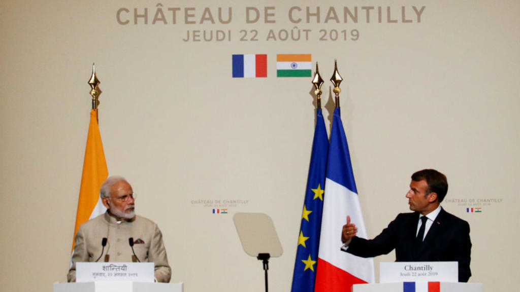 Emmanuel Macron and Narendra Modi support Atos' quantum center in India