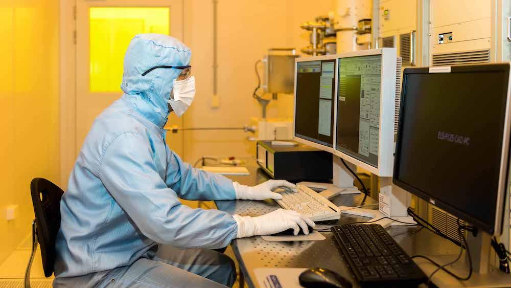 Quantum devices successfully built for qubit control