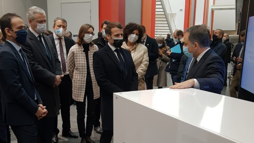 In the foreground, from left to right: Emmanuel Macron and Elie Girard In the back, from left to right: Cédric O, Bruno Le Maire, Amélie de Montchalin andFrédérique Vidal