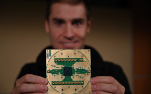 Intel and QuTech Unveil Details of First Cryogenic Quantum Computing Control Chip