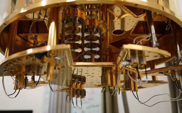 Intel Debuts 2nd-Gen Horse Ridge Cryogenic Quantum Control Chip